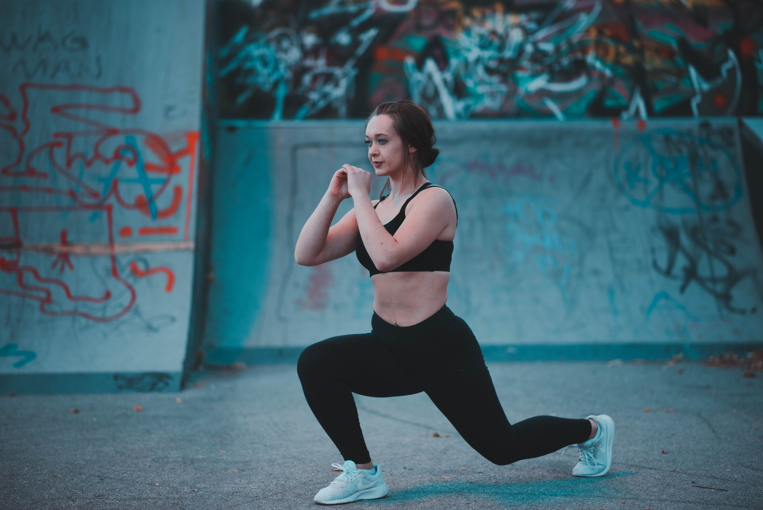 active-athletic-attractive-1582161.jpg