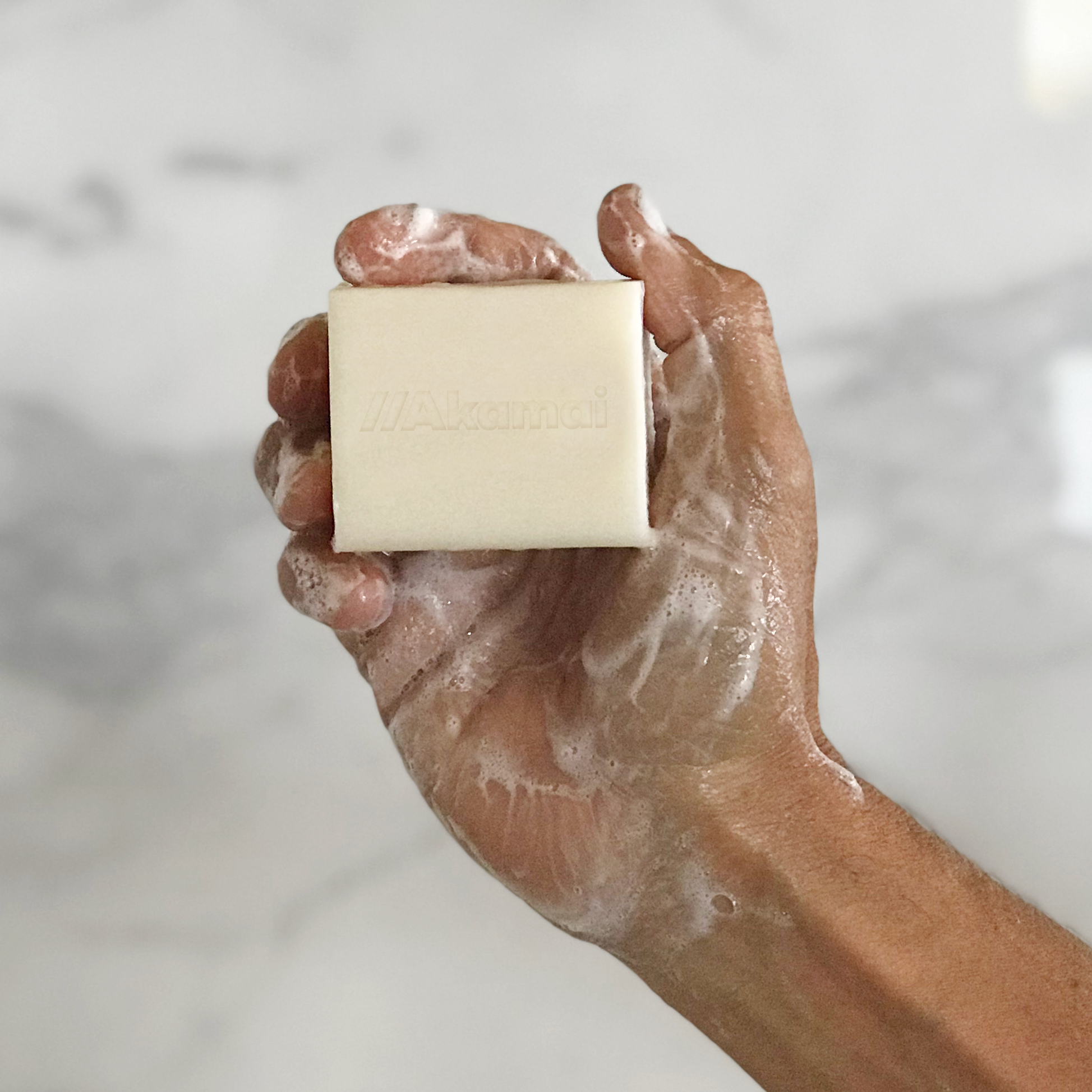 akamai-3-in-1-organic-soap-thick-lather.png