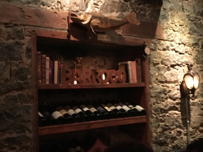 Barroco Interior (above); Barroco Wine List (on left)