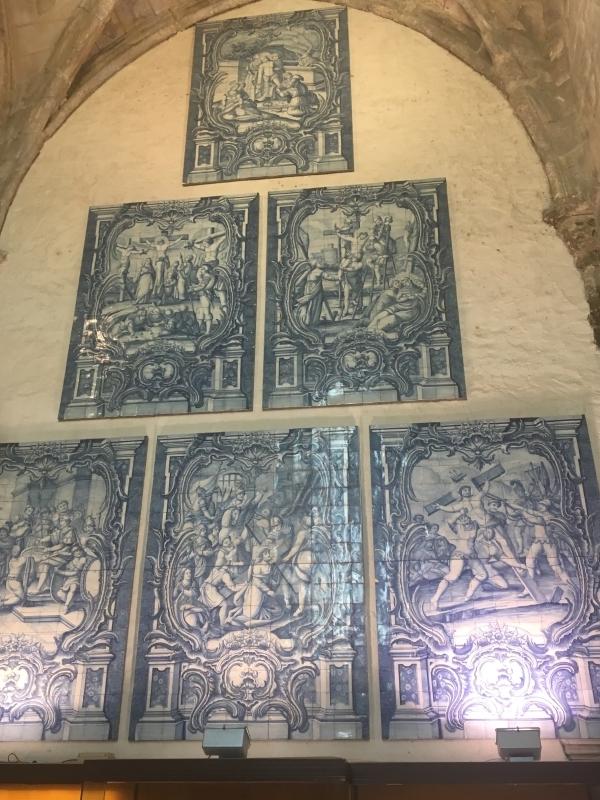 Azulejos in Convento do Carmo