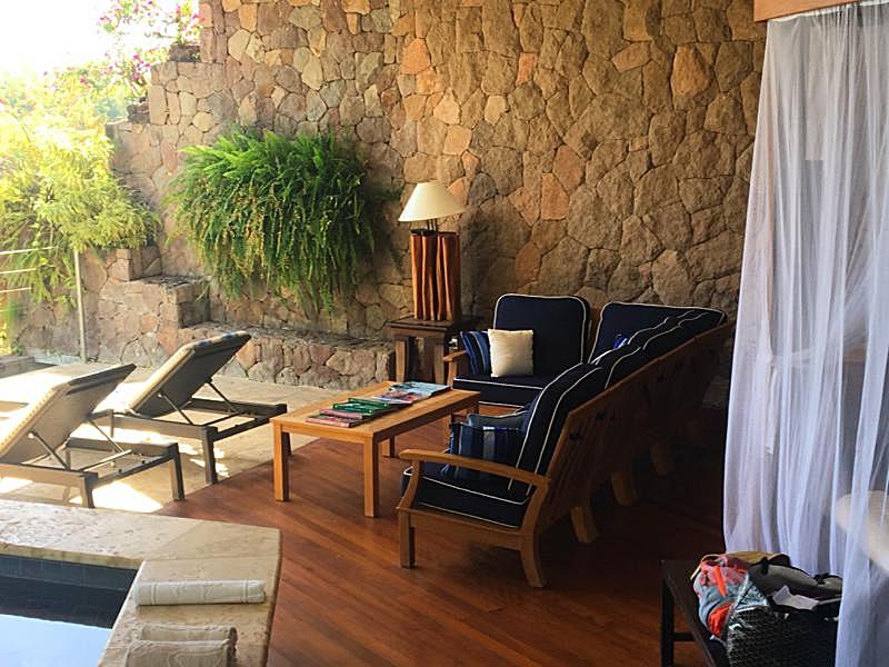 Room Sitting Area.JPG