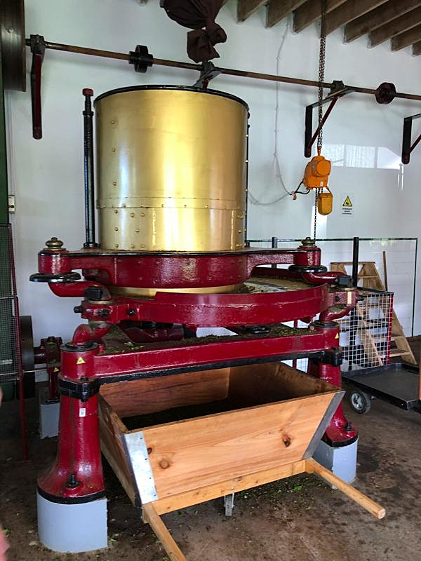 Tea machinary 4.jpg