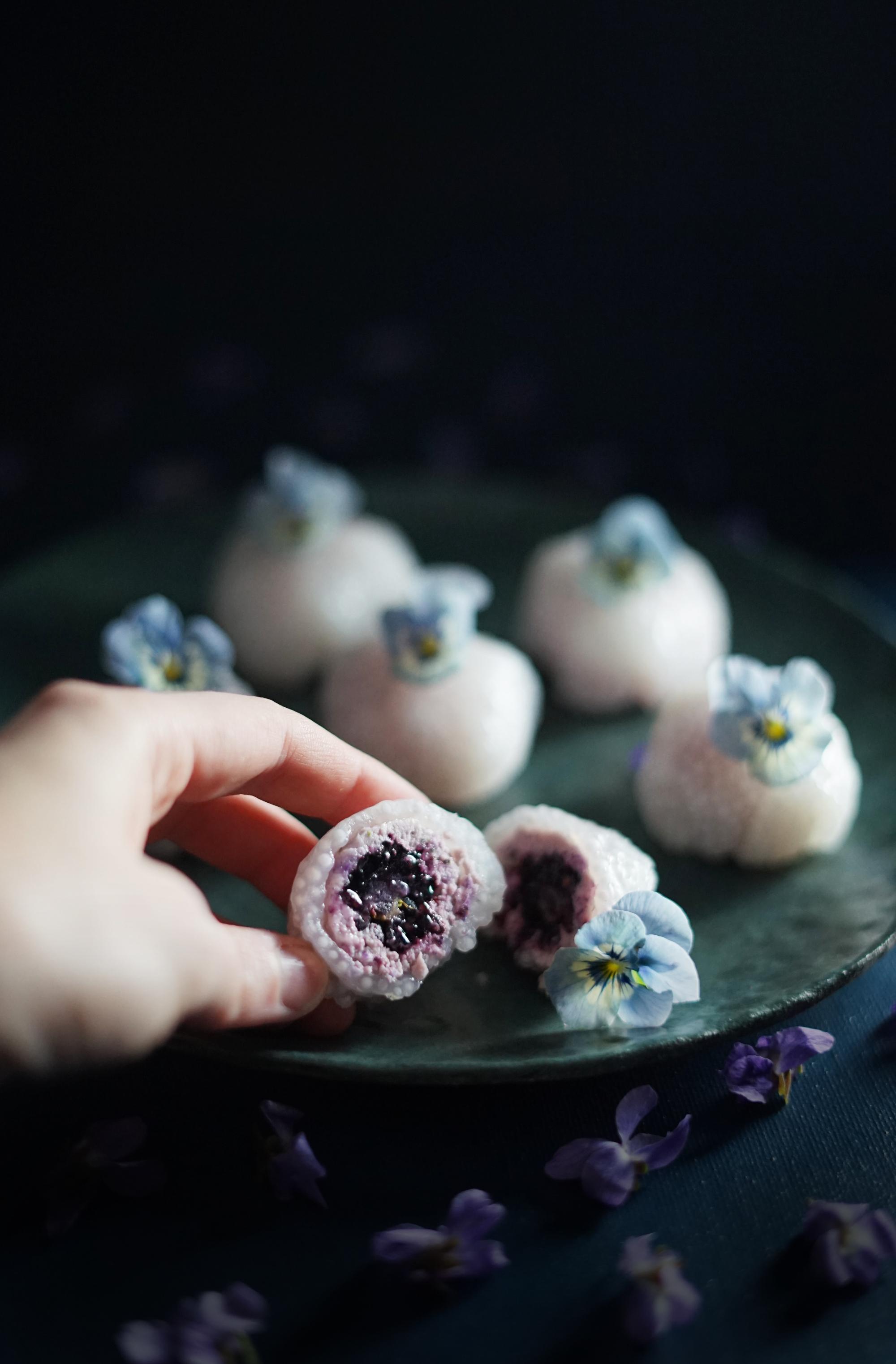 violetballs4small.jpg