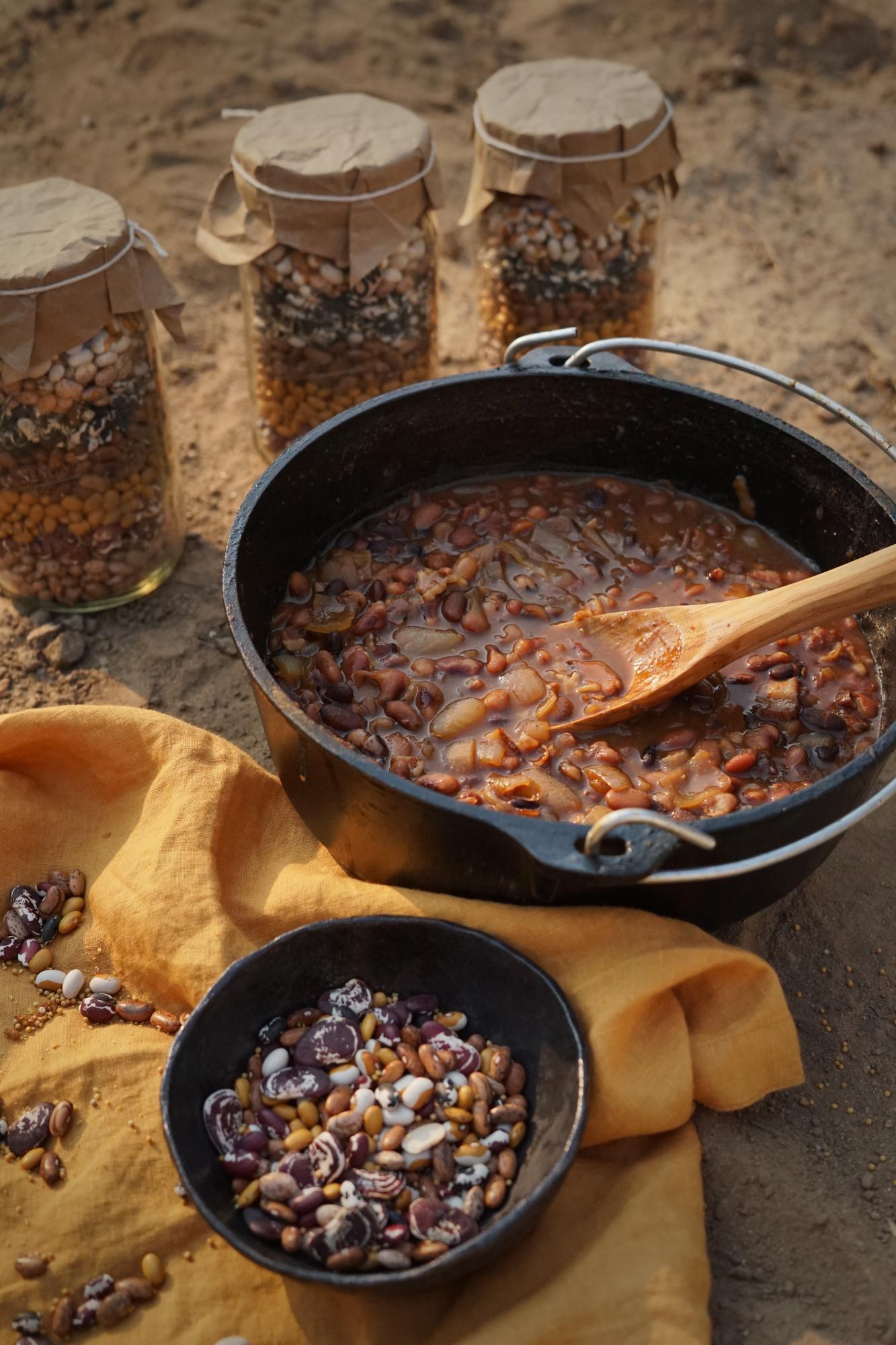 beanholebeans2small.jpg