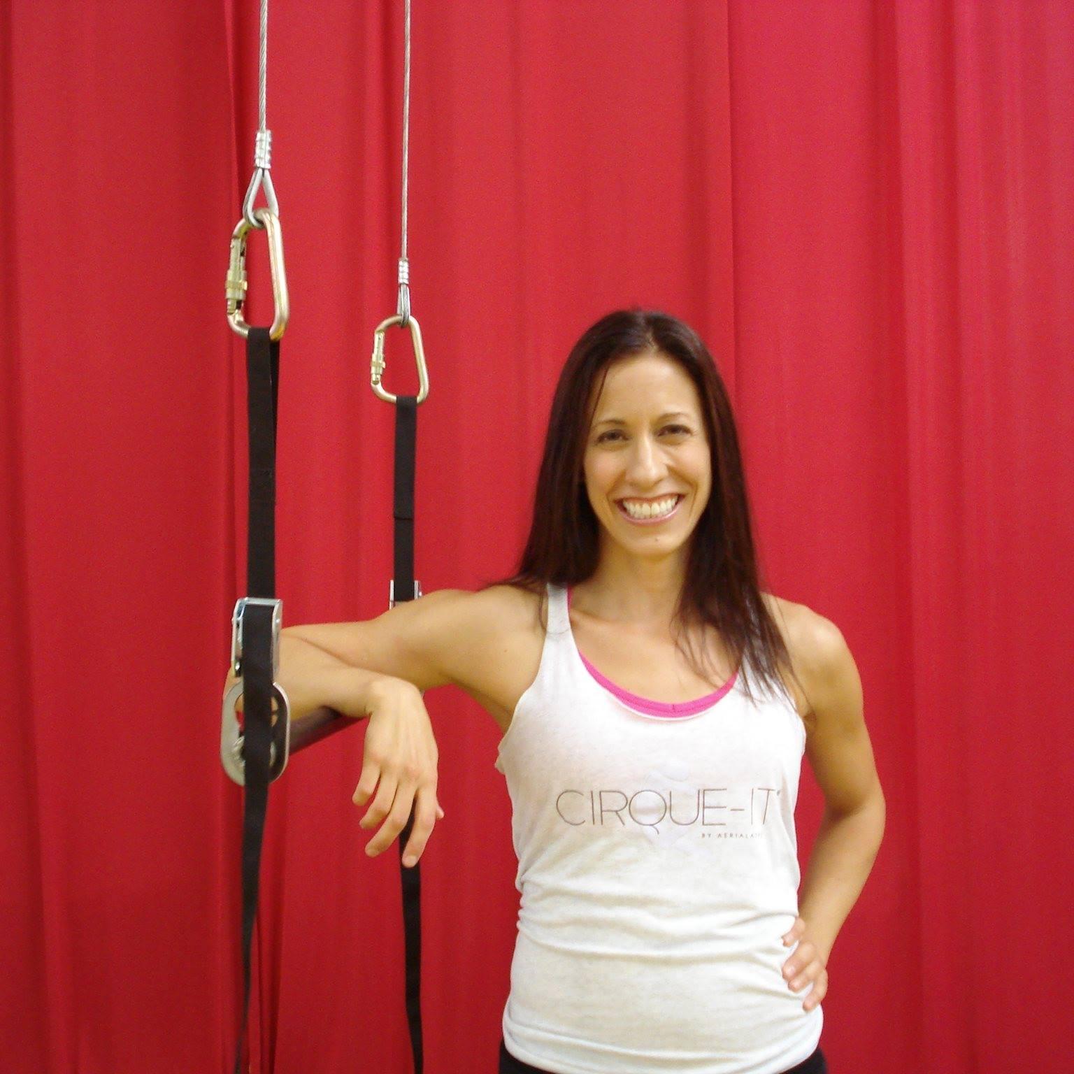Elizabeth Skwiot | Cirque-it Fitness