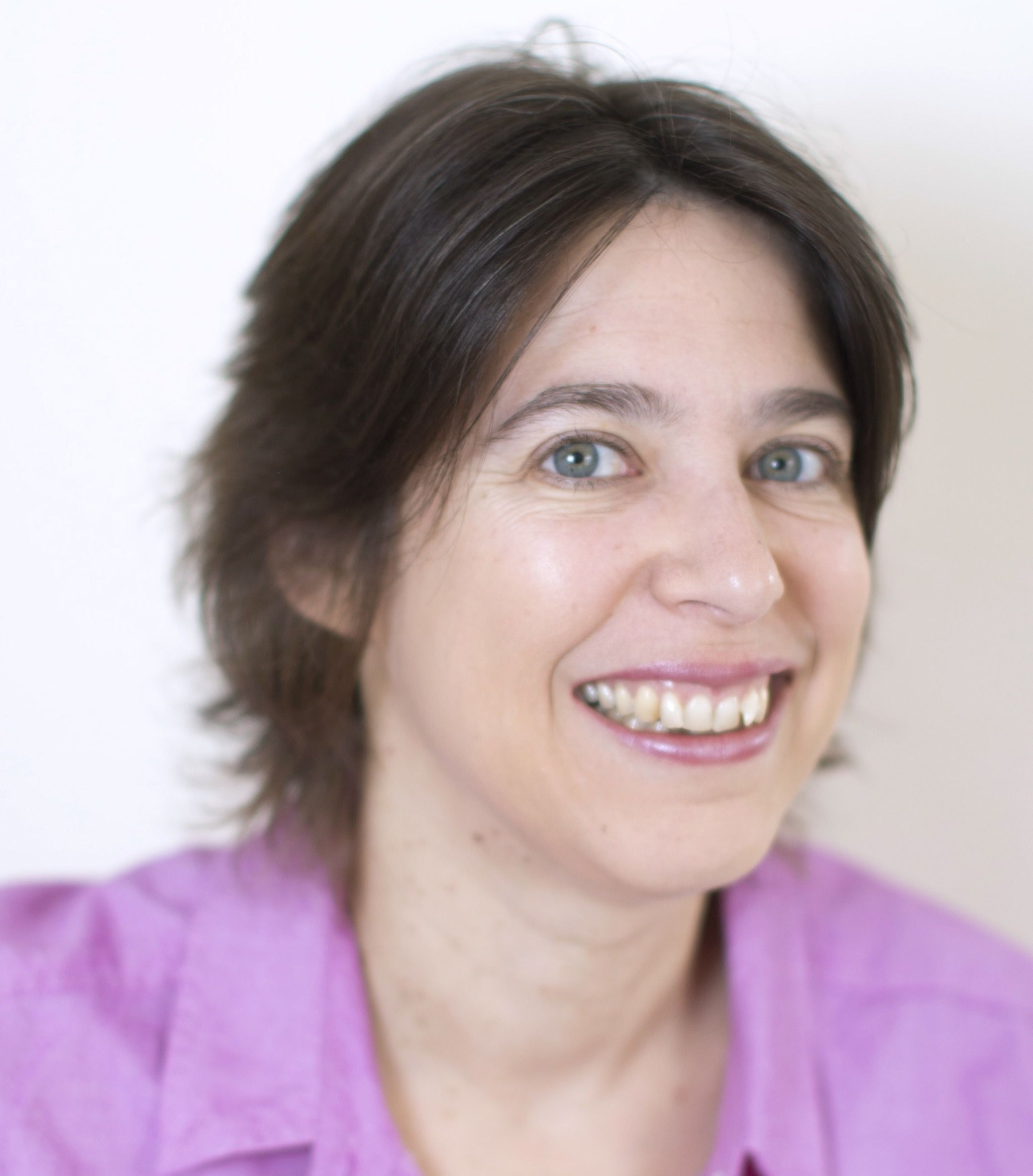 PILAR ORTI Founder and Director of Virtual not Distant and host of the 21st Century Work Life  @pilarorti