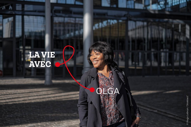 """"""" Certaines personnes sont prêtes à renoncer à l'accès aux soins pour dissimuler leur maladie à leurs proches"""" - Olga, assistante sociale et bénévole"""