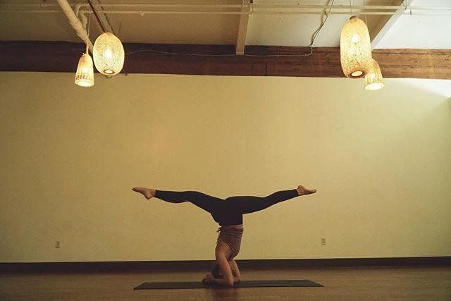 "Somehow didn't check the schedule well enough, and last night at Expand when a student said, ""see you at noon tomorrow!"" I was like.... wait, what? Ohhhh goodness. Shoutout to Alejandro for letting me know that I'm teaching the noon hot vinyasa at @expandyogatacoma today! Will definitely be checking the schedule closer the next time! 😅 #yoga . . .  #yogaeverydamnday #yogi #yogalove #yogainspiration #namaste #yogaeverywhere #yogagirl #yogachallenge #yogalife #igyoga #yogini #yogapractice #meditation #yogapose #yogaeveryday #instayoga #practiceandalliscoming #yogajourney #asana #yogagram #yogadaily #yogaaddict #yogisofinstagram #yogateacher #yogainstructor #expandyoga"