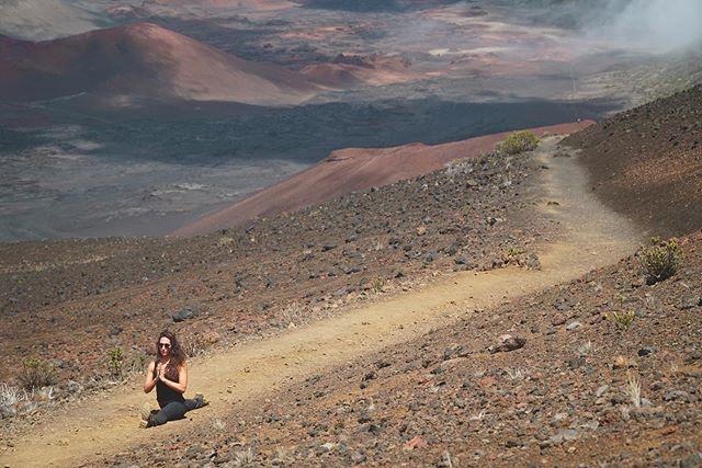 That one time I did the splits on Mars.... if you go to Maui, don't miss the views at Haleakalā. If you're not on Maui, join me tomorrow night at 9pm at @expandyogatacoma for some hot vinyasa. #yoga . . .  #yogaeverydamnday #yogi #yogalove #yogainspiration #namaste #yogaeverywhere #yogagirl #yogachallenge #yogalife #igyoga #yogini #yogapractice #meditation #yogapose #yogaeveryday #instayoga #practiceandalliscoming #yogajourney #asana #yogagram #yogadaily #yogaaddict #yogisofinstagram #yogateacher #yogainstructor #expandyoga