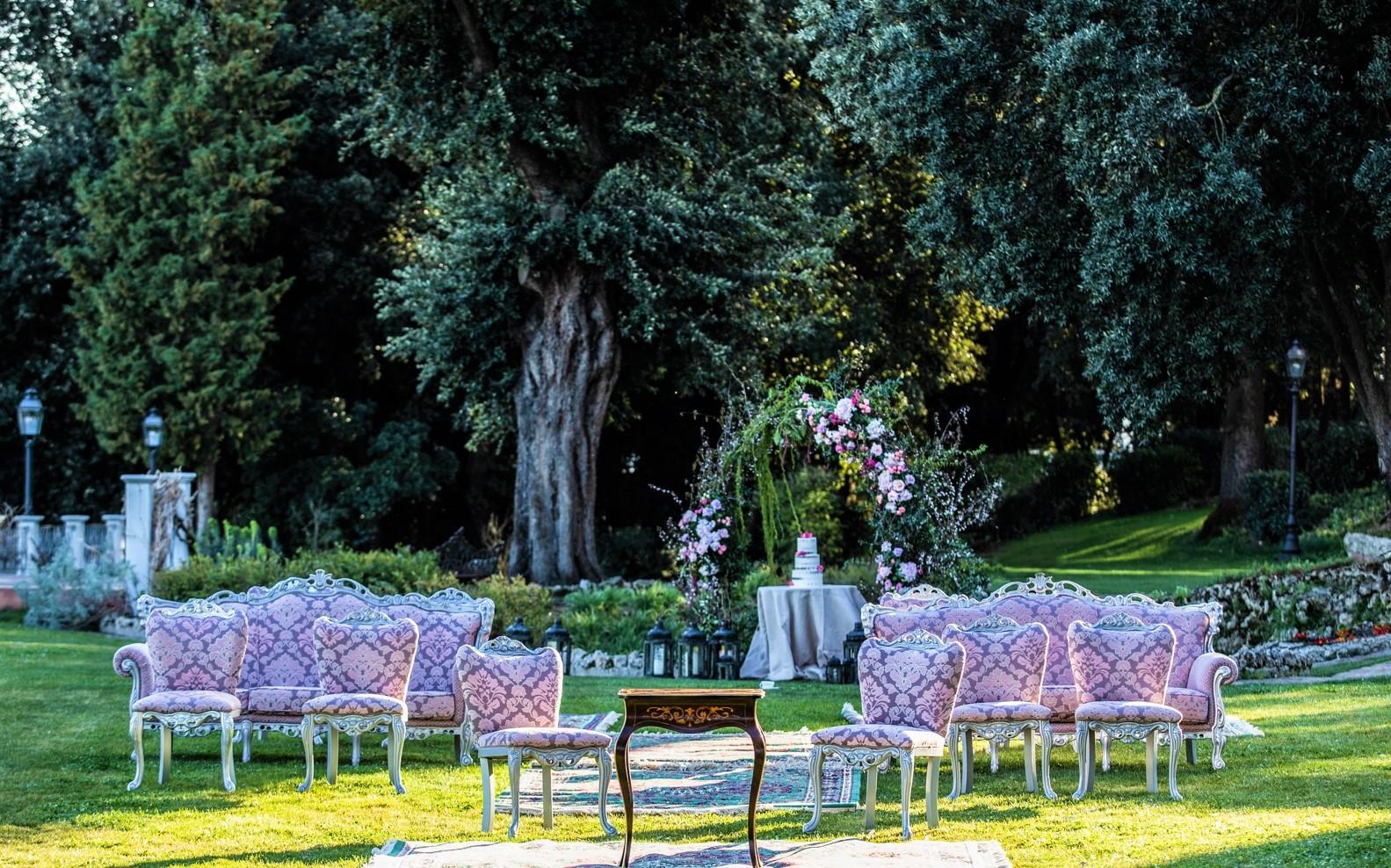 Umbria Wedding Outdoor Setting