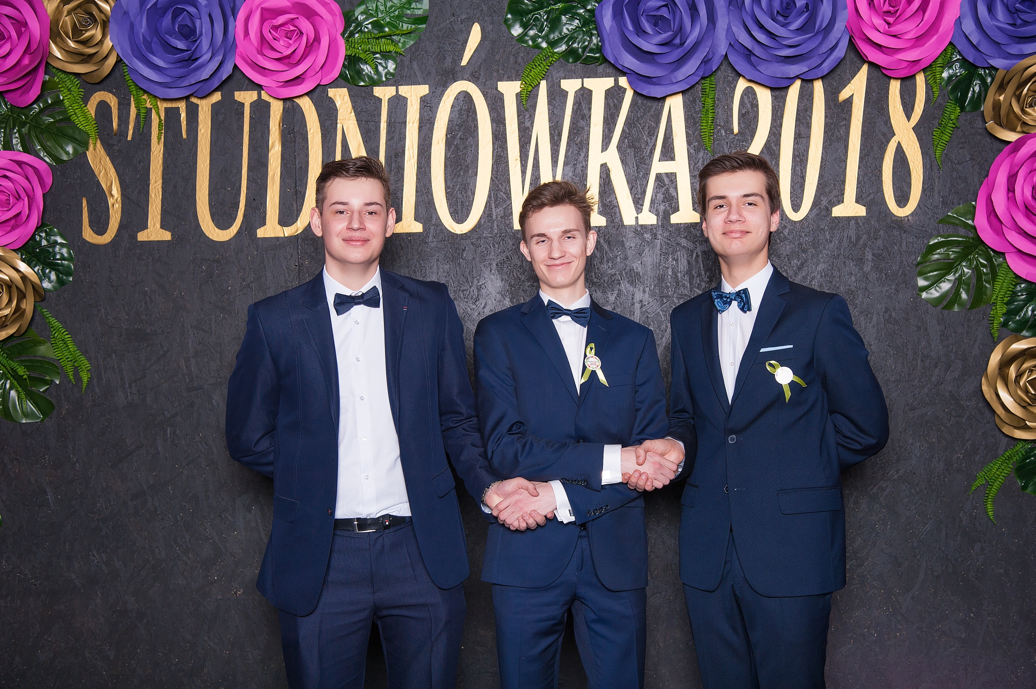 0131_100dniowka_studniowka_kalisz_IIILO_im_kopernika_zdjecia_par_scianka__7297.jpg