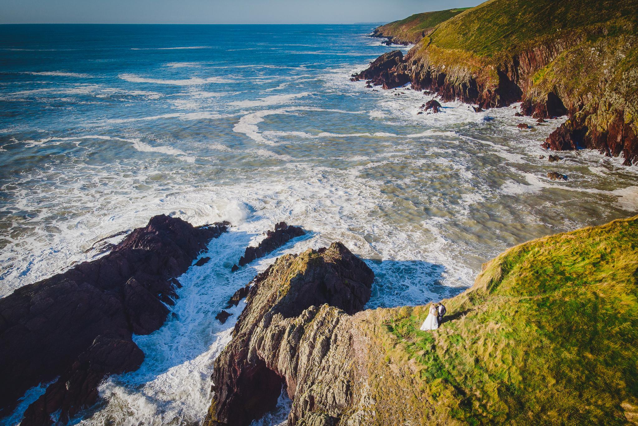 0148_Klaudia&Konrad________plener_slubny_irlandia_cork_ballycotton_cliff_walk_dron___fotografia_slubna_www_amfoto_pl_DJI_0138.jpg