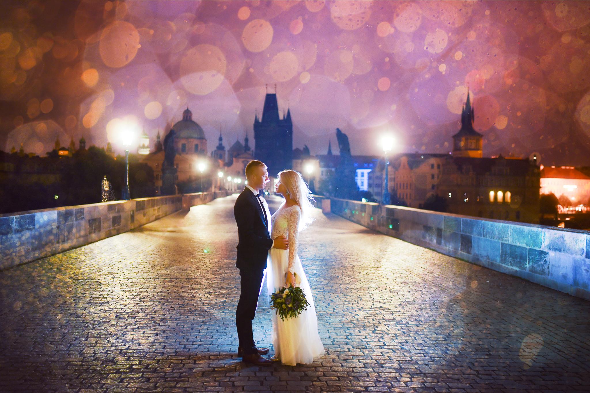 0027_Sara&Sebastian________sesja_poslubna_czechy_praga_most_karola_hradczany_fotografia_slubna_www_amfoto_pl_AMF_1669.jpg