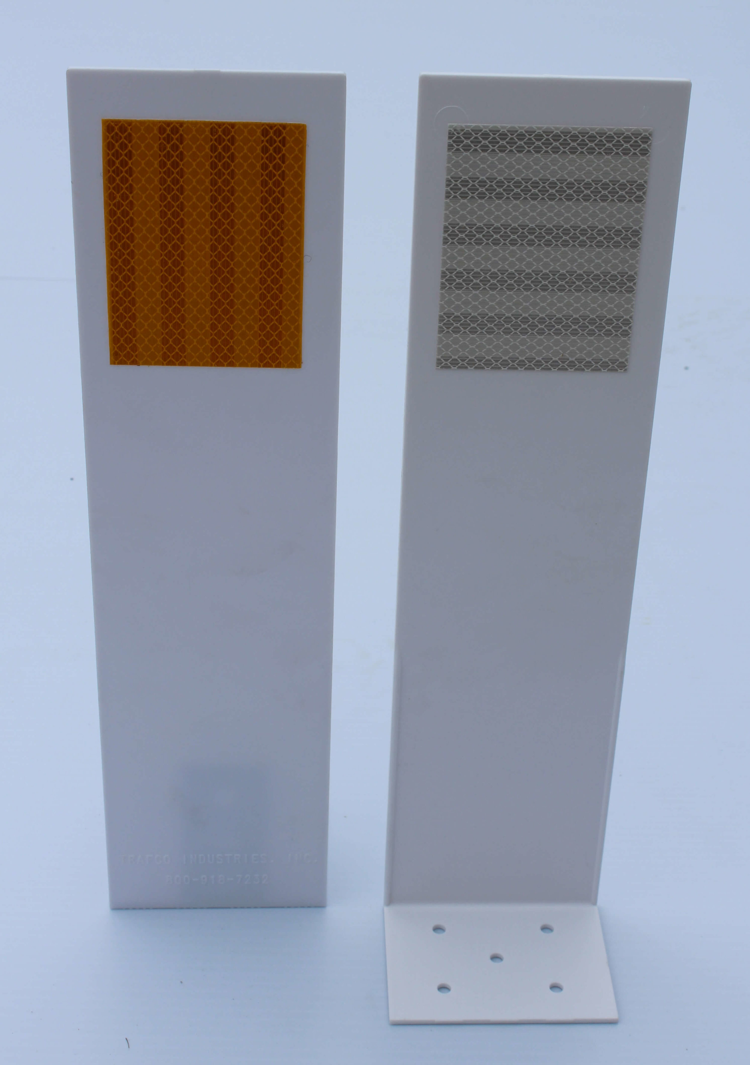 Low Profile Concrete Traffic Barrier Marker