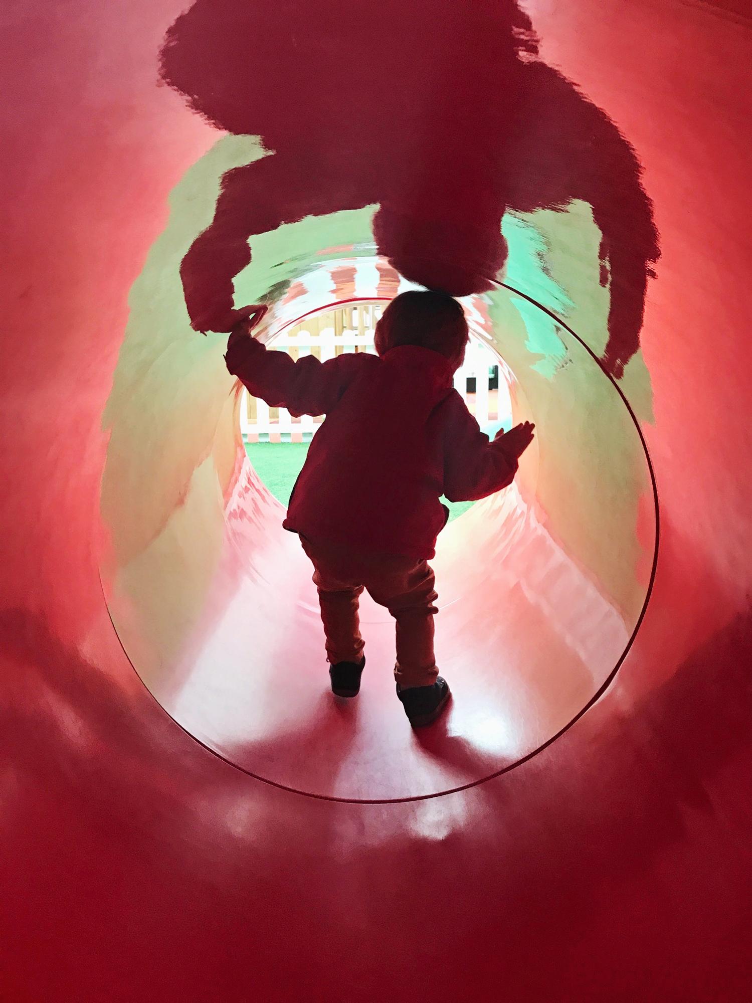 red_tunnel_0025.jpg