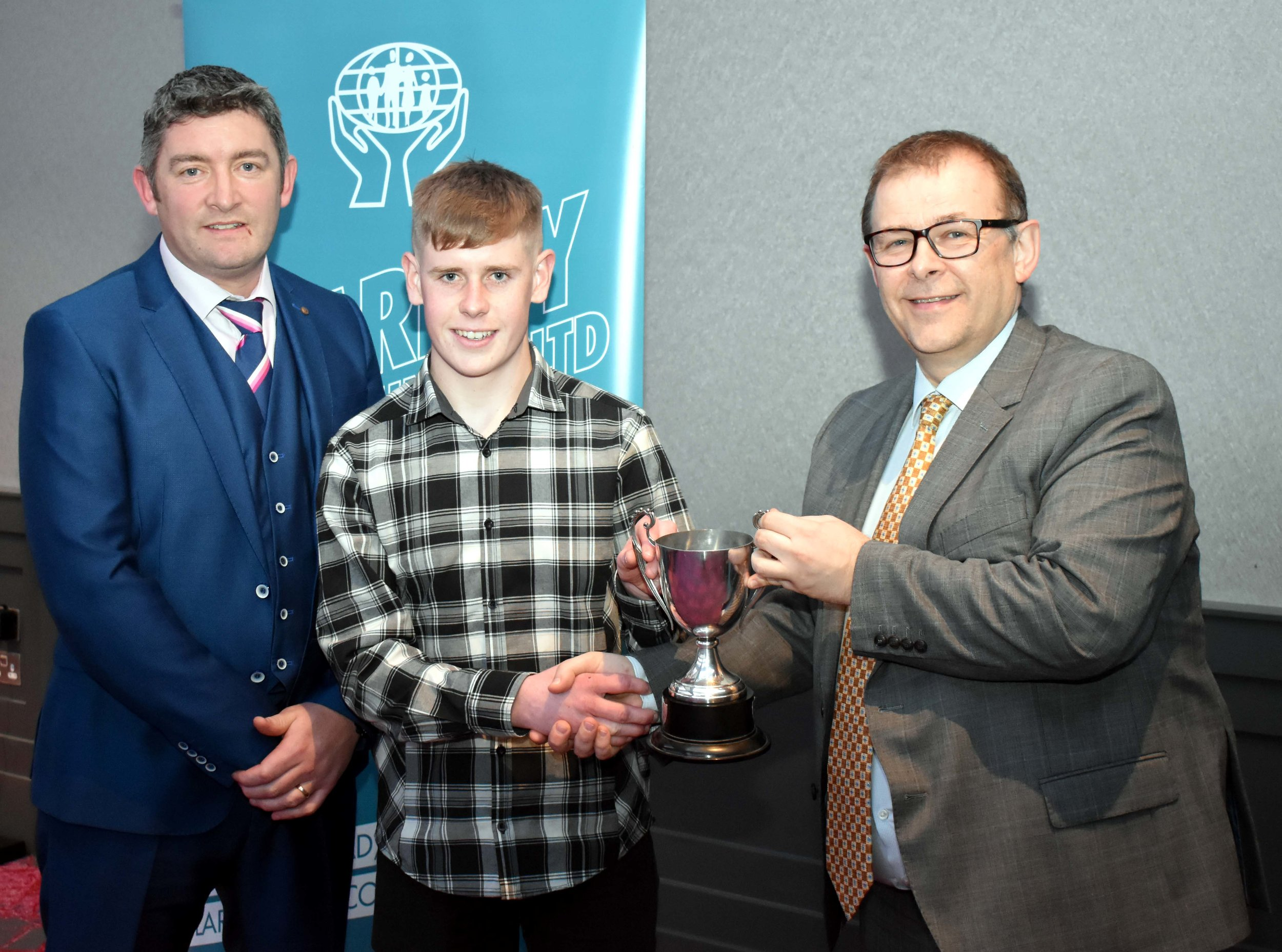 Gradam Díograise Winner 2018: Ryan Frayne Duffy. (Pictured with Mr. Cathal Dodd and Mark McGloughlin - BOM and Blarney Credit Union)