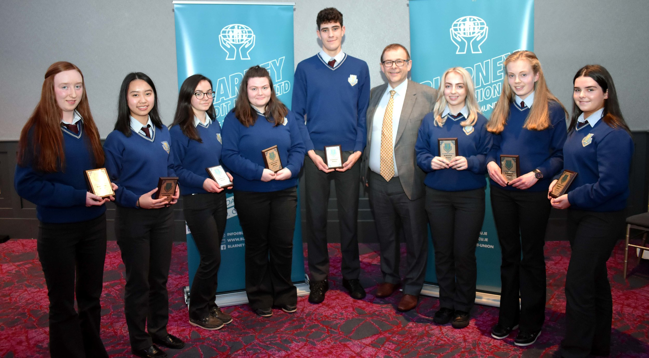 Endeavour Award: Aoife O' Leary, Hannah Chen, Ellen Horgan, Saoirse Duggan, Jim O' Donovan, Siún Healy, Orla Leahy and Laura Timothy accepted an award for having received Pope John Paul Awards for their community work in 2017 and 2018. (Pictured with Mr. Mark McGloughlin - BOM and Blarney Credit Union)