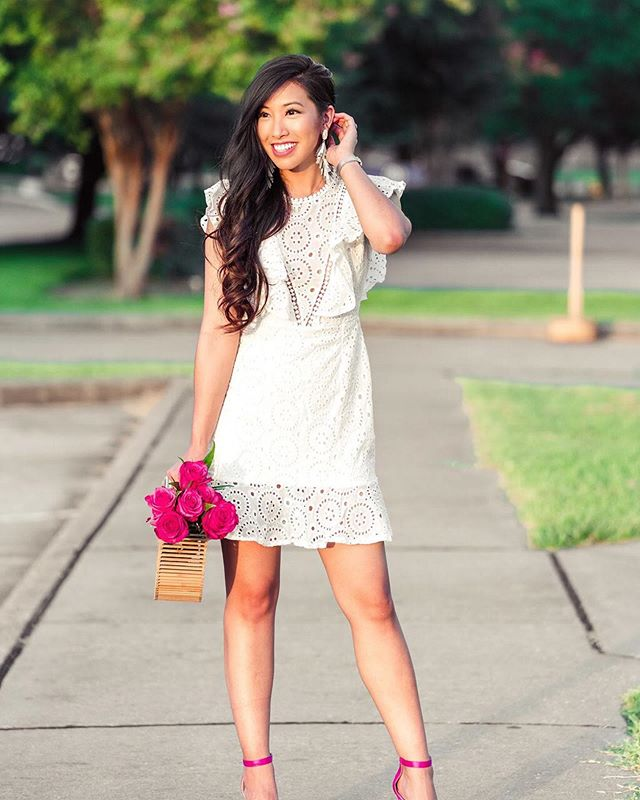 Today on the blog, 75 chic bridal looks all under $100!! #weddingwednesday I've included dresses, short and long, jumpsuits and also rompers! Perfect for you bride-to-be's!! 👰🏻 http://liketk.it/2ClEO #liketkit @liketoknow.it #houstoninfluencer #houstonblogger