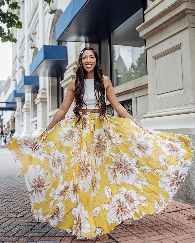 I'm for sure walking on sunshine in this @chicwish maxi and yeah it does feel good 🤗🌞🌻🌼 http://liketk.it/2Cn8M #liketkit @liketoknow.it #houstoninfluencer #houstonblogger