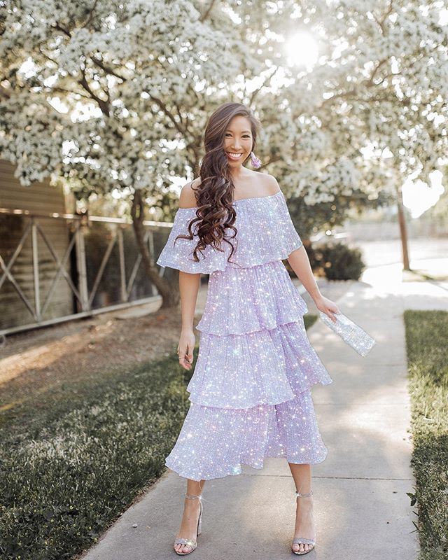 Never let anyone dull your sparkle ✨ Obsessed with my dress from @lulus and this edit from @gabriel.vasquez.art 🤗🙌🏻 Thank you! ❤️ #lovelulus #lulusambassador #houstoninfluencer 📸: @banavenuephotog