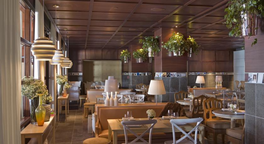 Cortina Page - Install - SLS Hotel Restaurant - Beverly Hills, CA.jpg