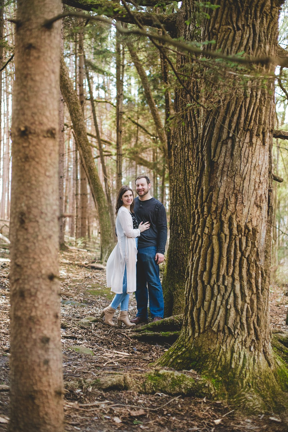 Midwest Woods Engagment Photos_0007.jpg