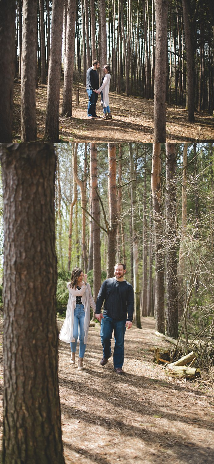 Midwest Woods Engagment Photos_0010.jpg