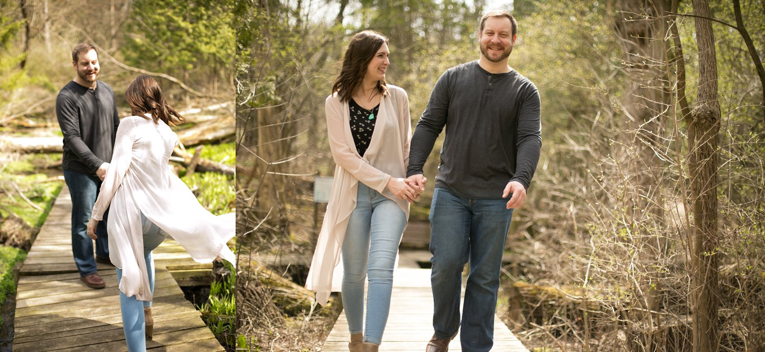 Midwest Woods Engagment Photos_0016.jpg
