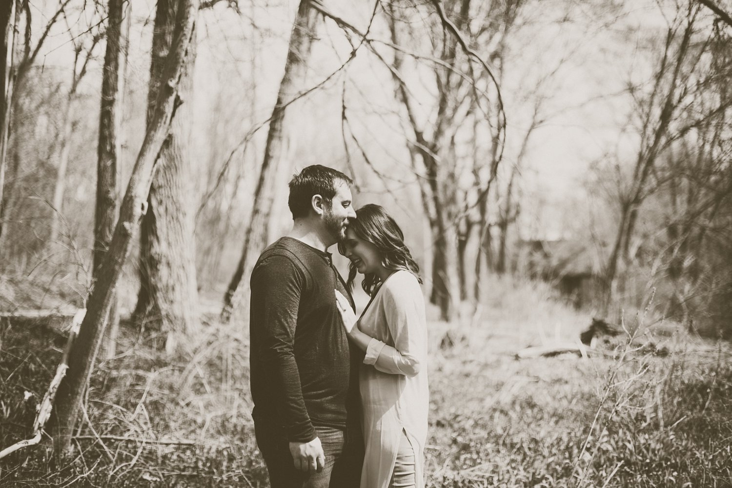 Midwest Woods Engagment Photos_0019.jpg