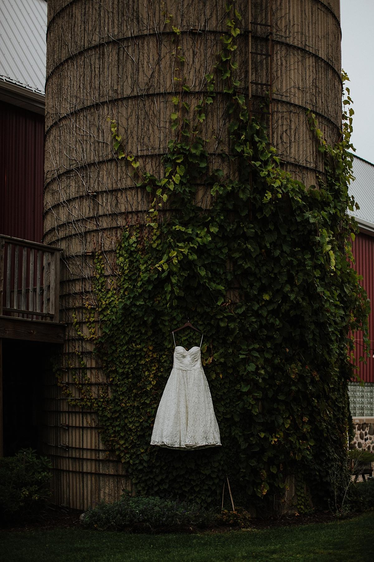 Vintage-Fields-Farmin-Bettys-Wedding_0085.jpg