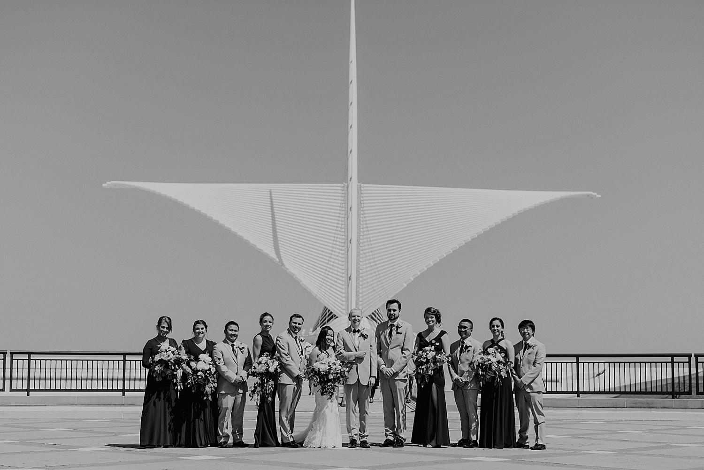 Downtown-Milwaukee-Wedding-Photos_0043.jpg