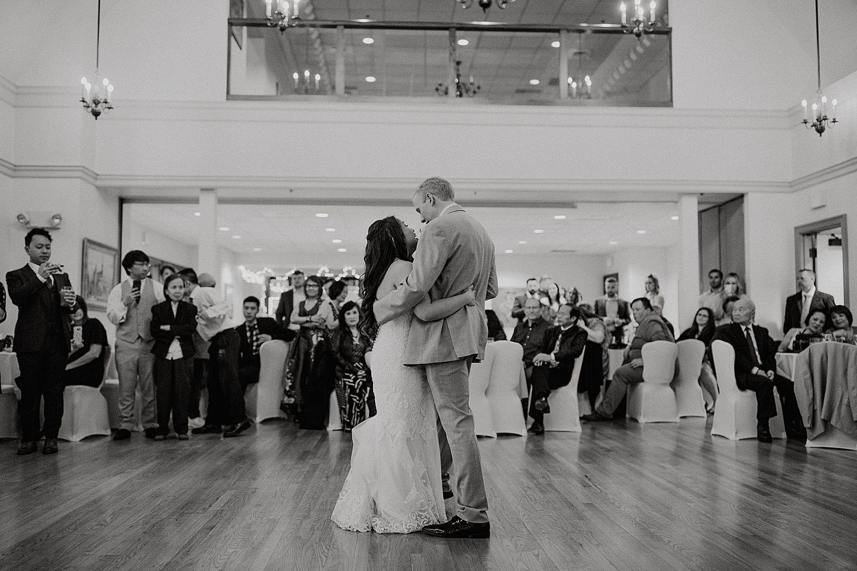 Downtown-Milwaukee-Wedding-Photos_0065.jpg