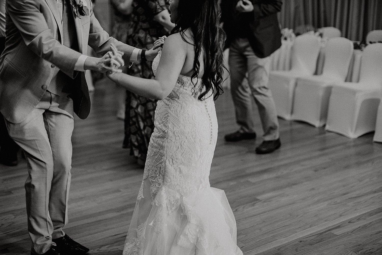 Downtown-Milwaukee-Wedding-Photos_0070.jpg