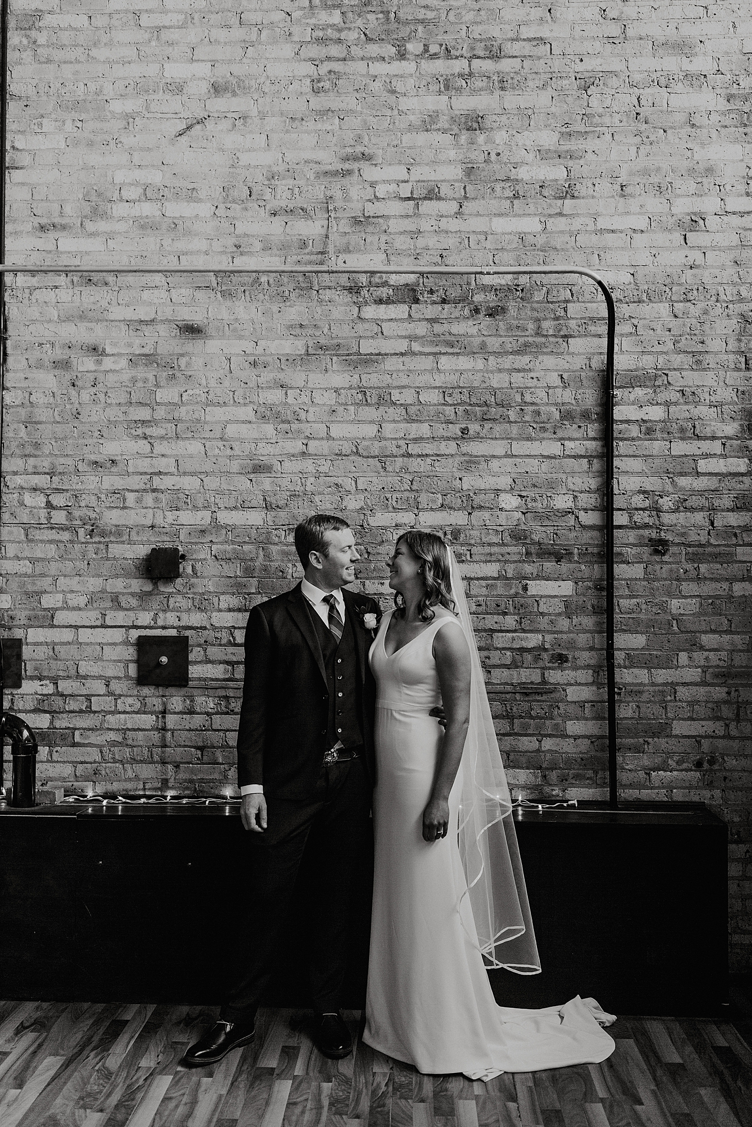 Cooperage-Wedding-Milwaukee_0020.jpg