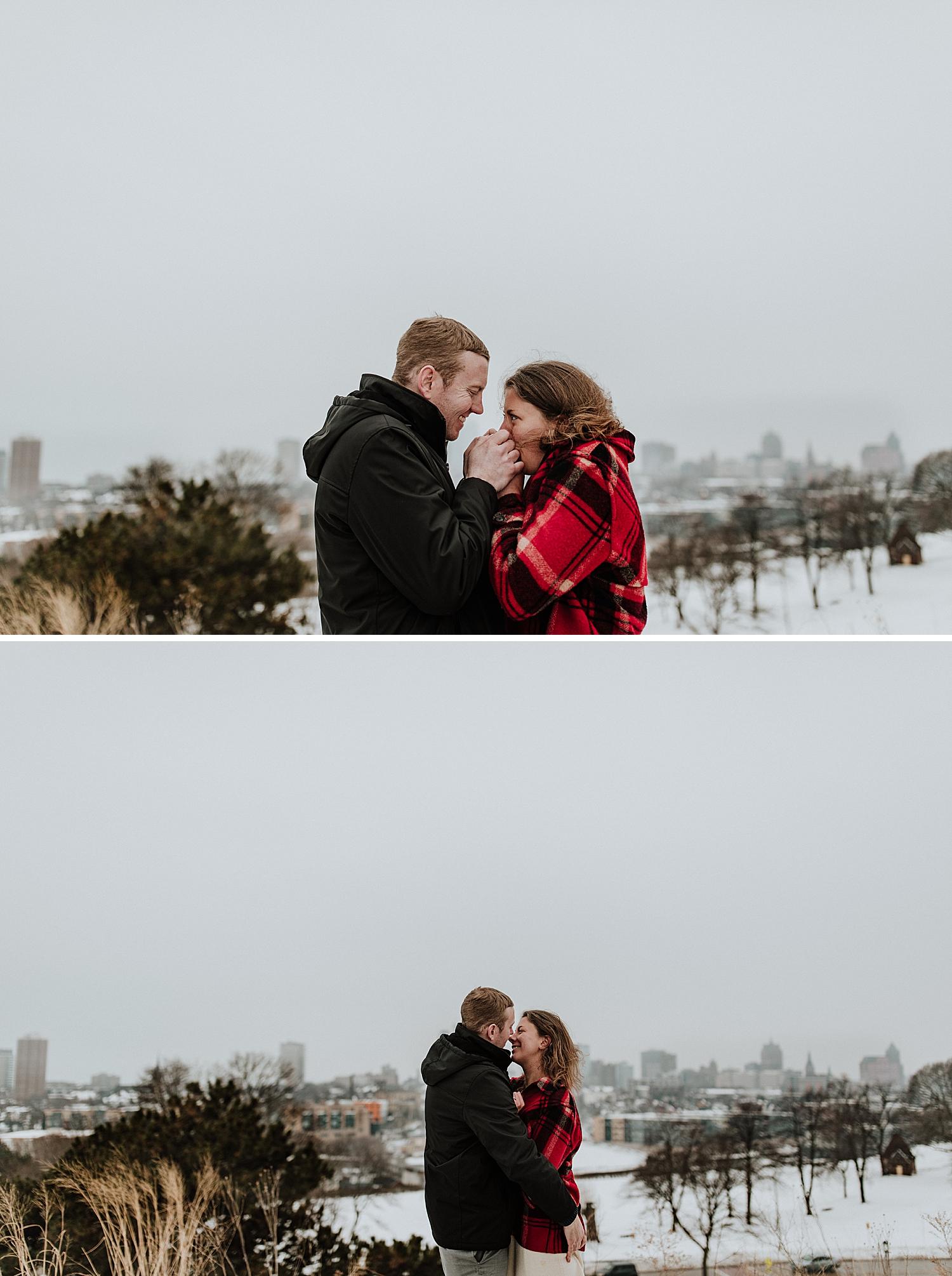 Winter-engagement-session_0015.jpg