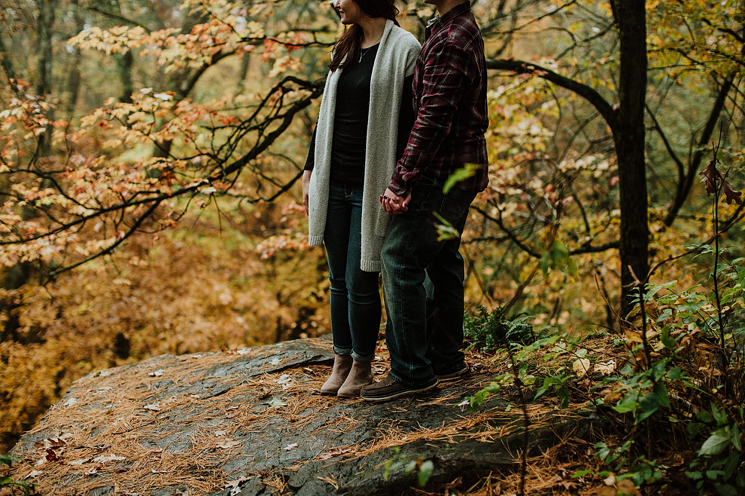 devils-lake-engagement-session_0015.jpg