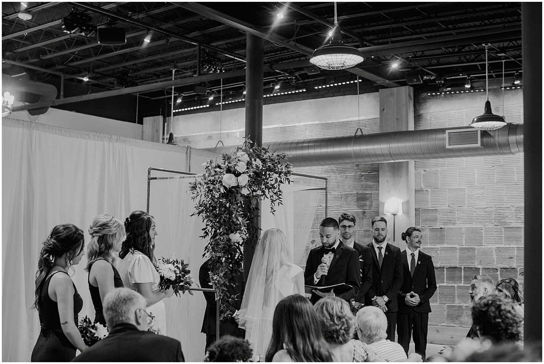 modern-atrium-wedding_0030.jpg