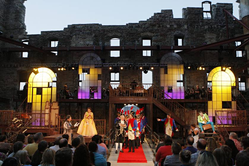 The Barber of Seville     (Photo Credit: Michal Daniel) at Mill City Summer Opera