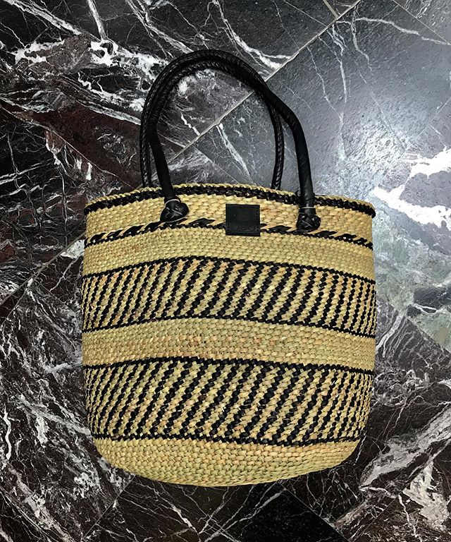 NEW Iringa baskets w/ shoulder straps 😍. Debuting at Commerce Court @torontomarketco today from 11am to 2pm today.