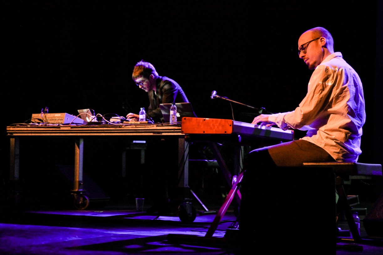 Afloat-Nev.Era-y-Albert-Catalá-Live-Mutek-Barcelona-2016.-Sala-Barts-2.jpg