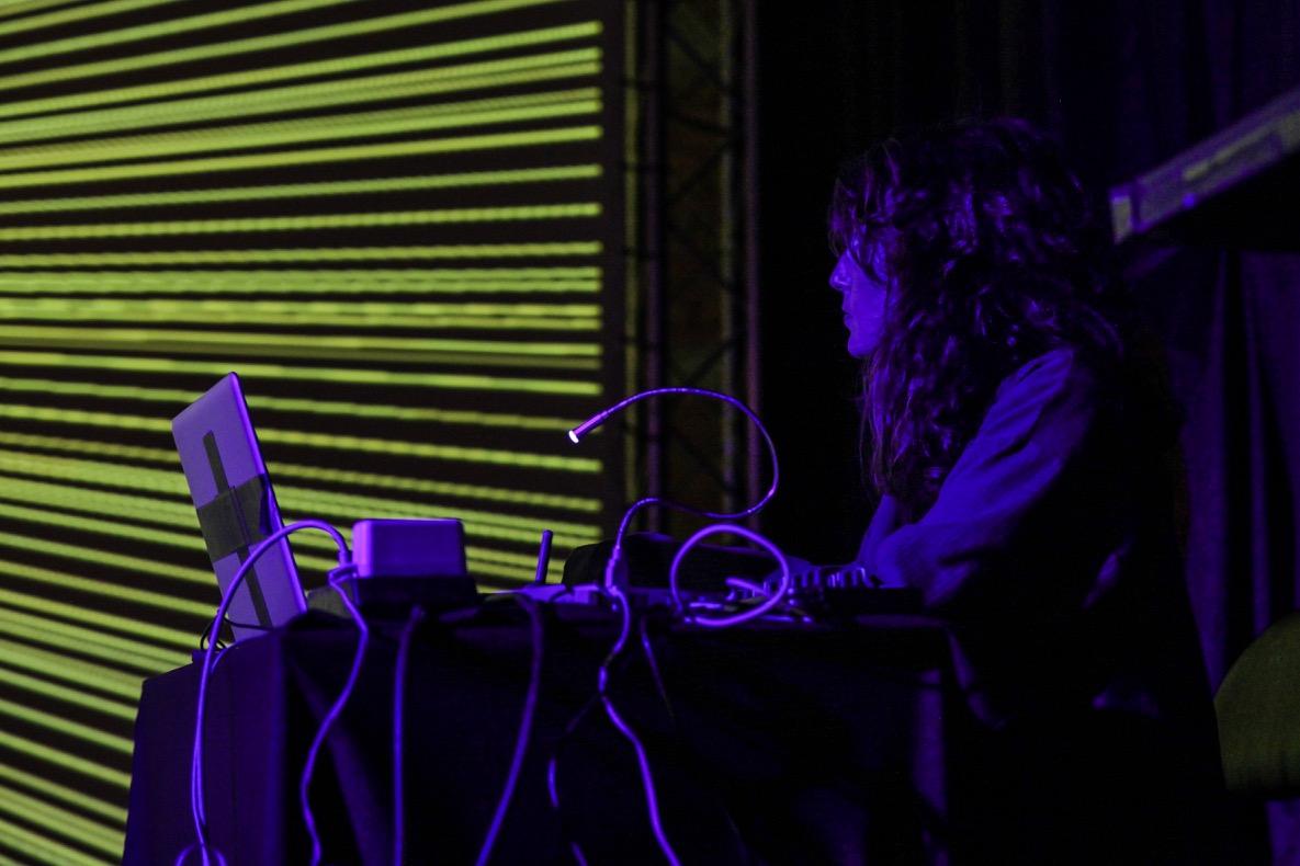 Alba-G-Corral.-Live-Visuals-Barcelona-2016.jpg