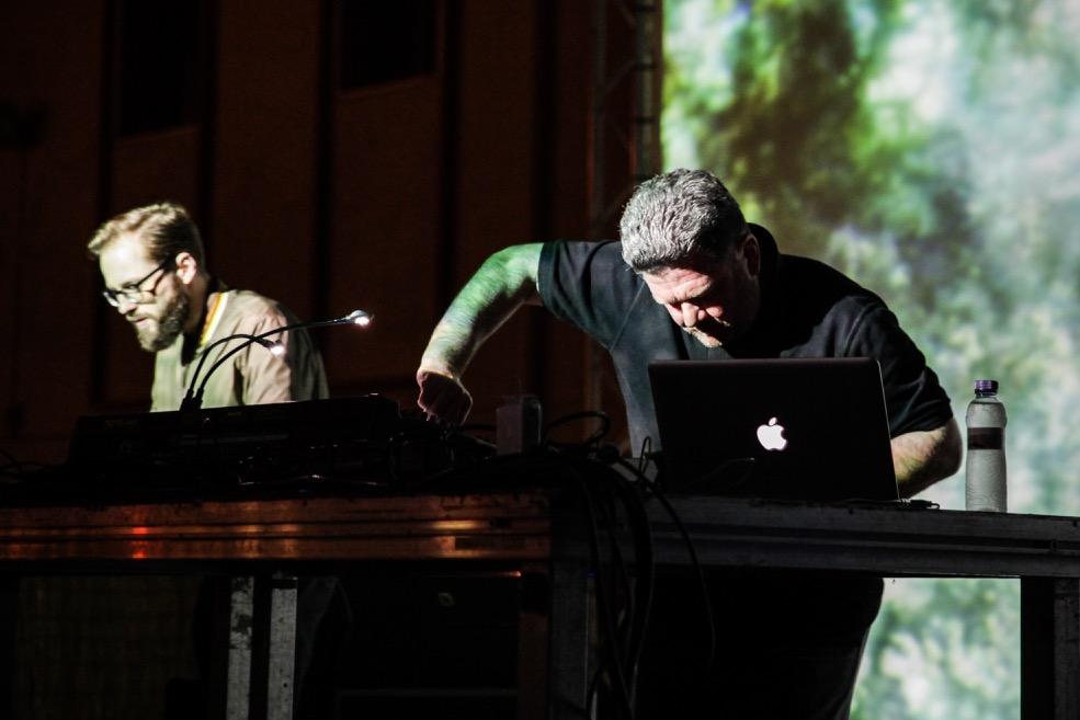Pole-y-MFO.-Live-Barcelona-Mutek-2016.jpg
