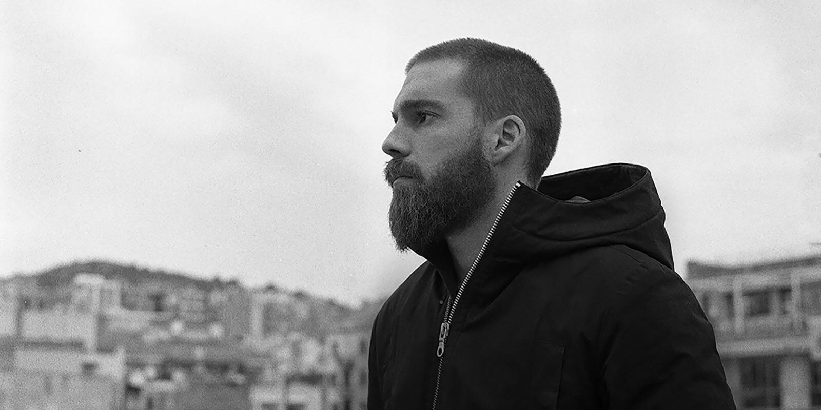 Andrés Satué aka Huma, que presentará en formato A/V su más fresh álbum y primer LP, Eva, que estará a punto de salir (lo fechaban en septiembre 2019) en el sello del que es confundador,  Hedonic Reversal .