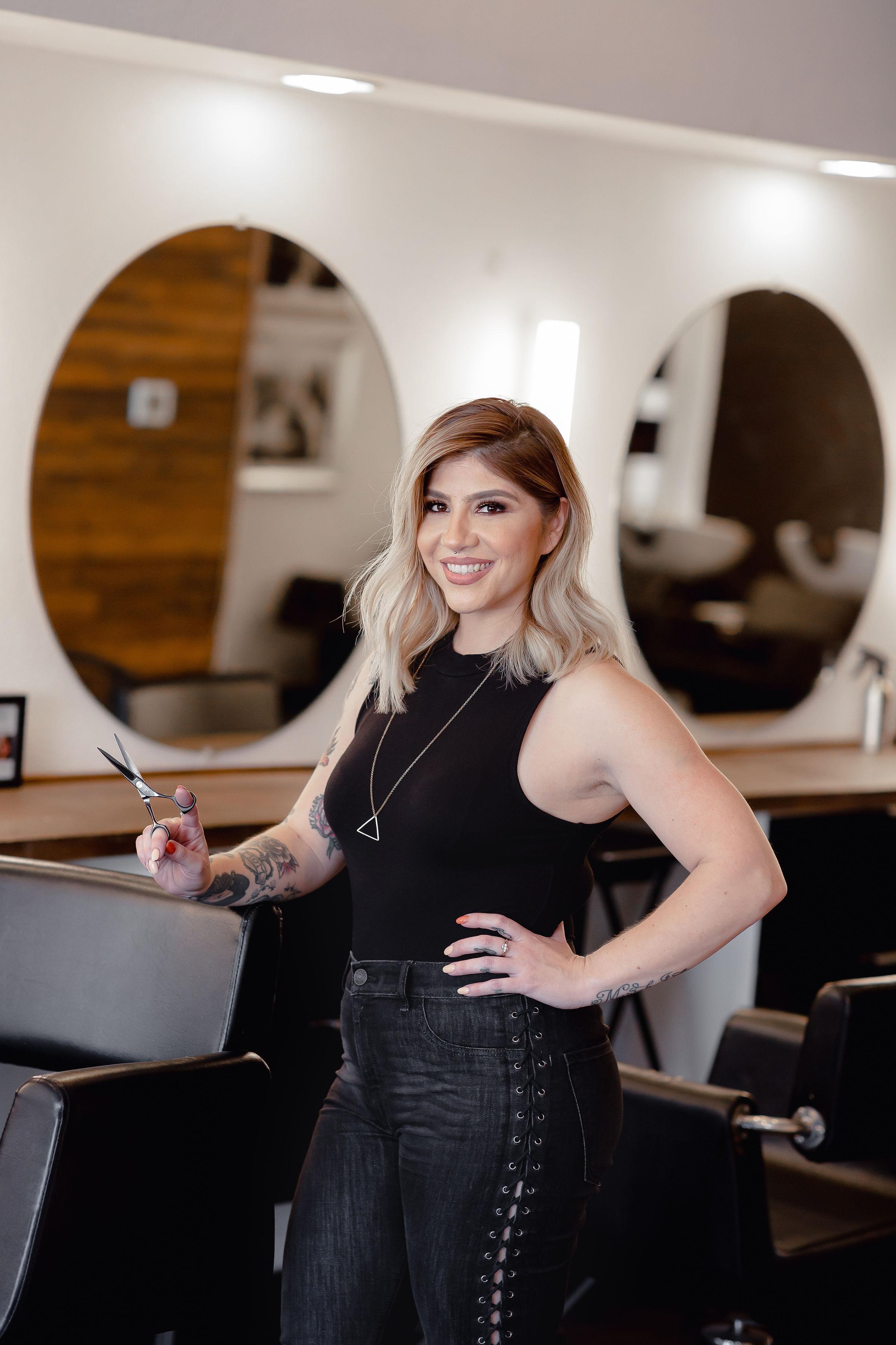 Angelita Rodriguez - @selfieglamour.hairApprentice