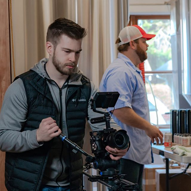Tyler on that @rhinocg slider bringing freshness to our @publiccoastbrewing production⠀⠀⠀⠀⠀⠀⠀⠀⠀ .⠀⠀⠀⠀⠀⠀⠀⠀⠀ .⠀⠀⠀⠀⠀⠀⠀⠀⠀ .⠀⠀⠀⠀⠀⠀⠀⠀⠀ #vesselmedia #marketing #smallbusiness #videomarketing #videography #filmmaker #contentcreator #socialmediamarketing #commercialvideo #creativebusiness #creative #branding #videoproduction #storytelling #beer #beerbelly #cannonbeach