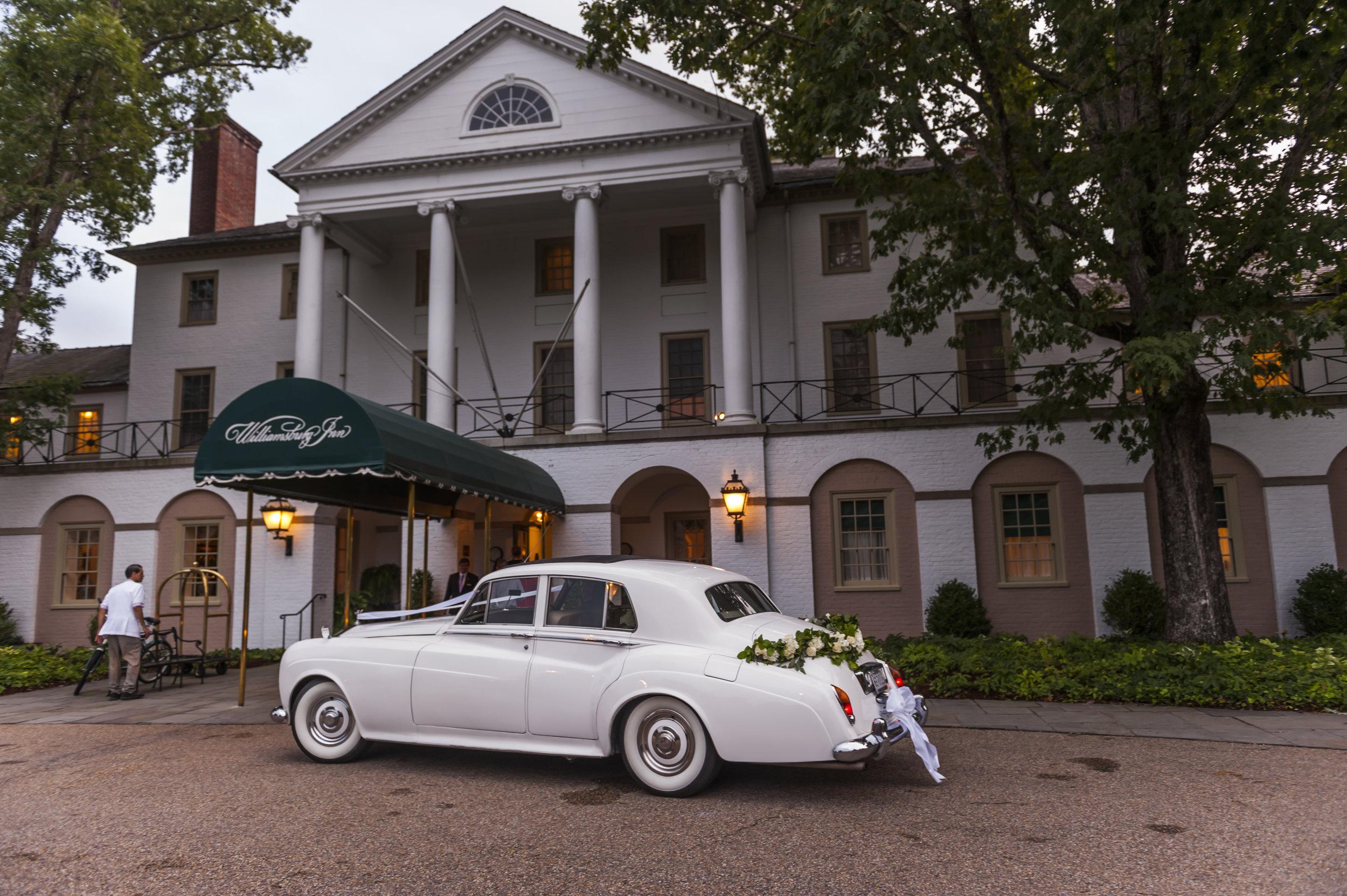 Williamsburg Inn Wedding.jpg