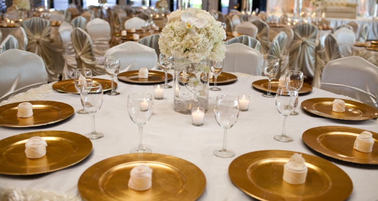 Simple and elegant gold charger plates