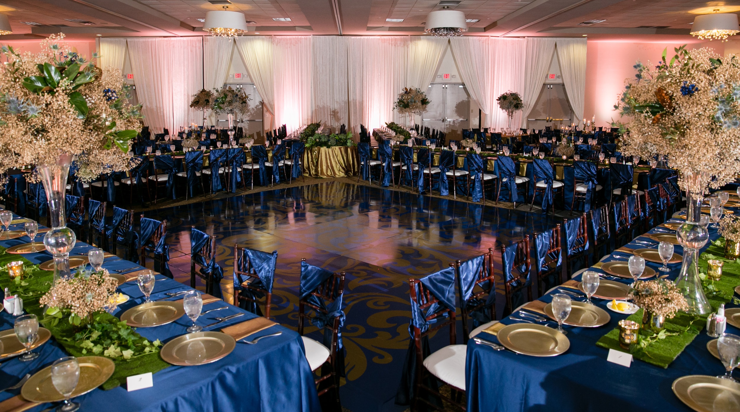 Gorgeous gold and sapphire tablescapes