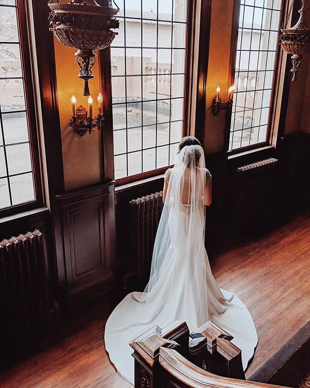 Taking it all in! • • • • #semplemansion #historicvenue #mslp #mslpwed #venue #mn #wedding #bestofmpls #mnwedding #bride