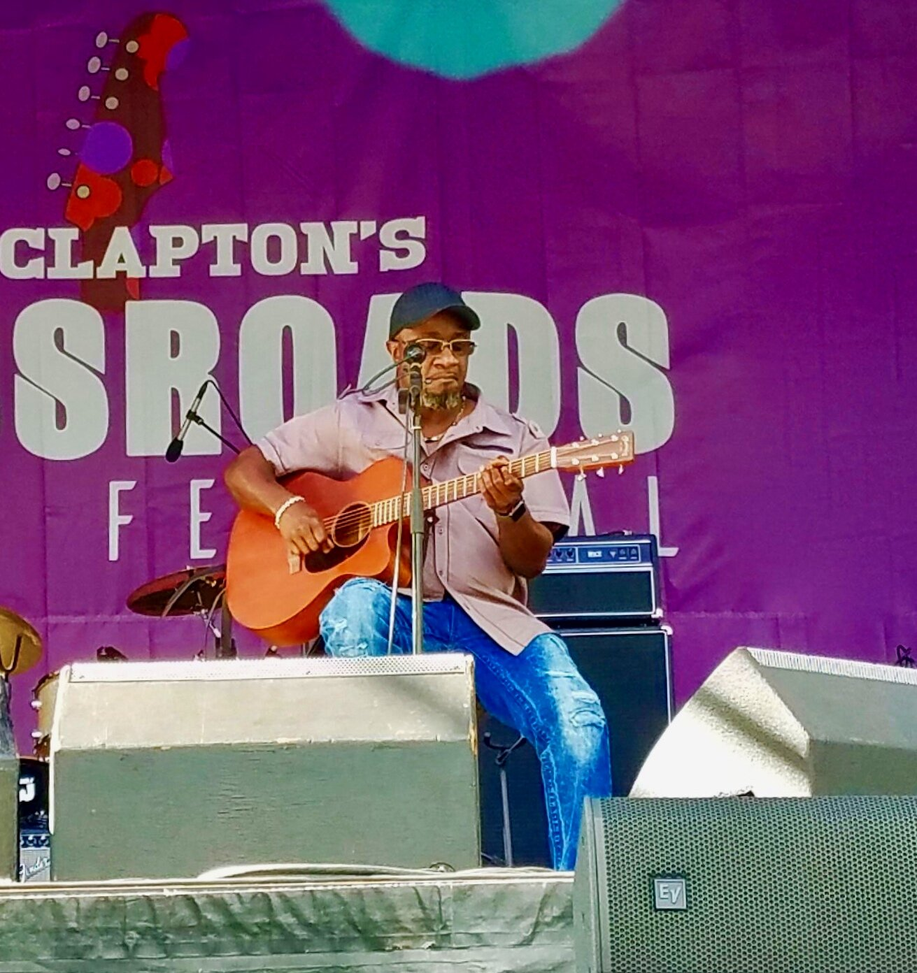Dexter performing at Eric Clapton's 2019 CROSSROADS GUITAR FESTIVAL.